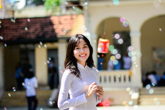 Ngắm nhan sắc 'vạn người mê' của hai Á hậu Hoa hậu Việt Nam 2020 - Ảnh 3.