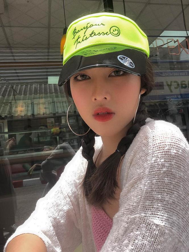 Ngắm nhan sắc 'vạn người mê' của hai Á hậu Hoa hậu Việt Nam 2020 - Ảnh 15.