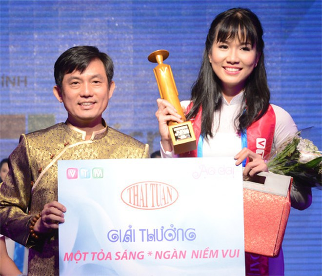 Ngắm nhan sắc 'vạn người mê' của hai Á hậu Hoa hậu Việt Nam 2020 - Ảnh 7.