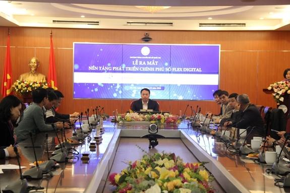 Thứ trưởng Bộ TT&TT Nguyễn Huy Dũng chủ trì lễ ra mắt.
