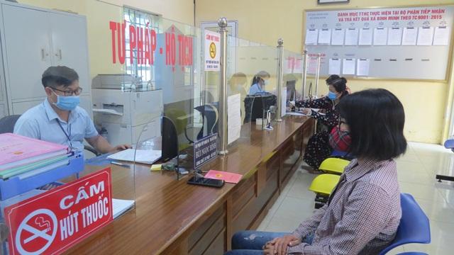 Hà Nội quy định 119 vị trí công tác phải định kỳ chuyển đổi vị trí công tác - Ảnh 1.