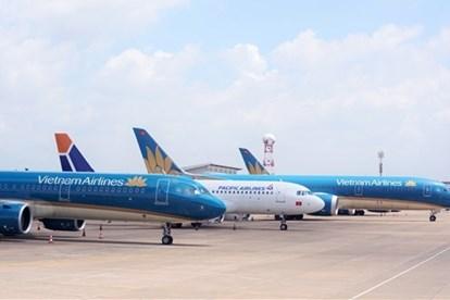 Mở lại đường bay nội địa: TPHCM và nhiều tỉnh đồng ý, Hà Nội chưa đồng thuận - Ảnh 1.