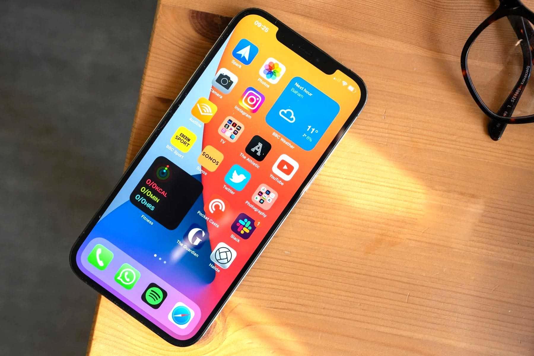 Một con số cho thấy Apple bán iPhone 13 không quá đắt như bạn tưởng - Ảnh 1.