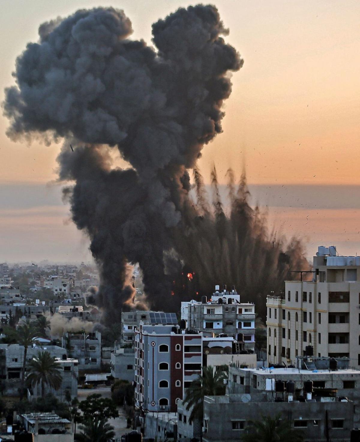 Chiến sự Israel-Palestine nóng: Khốc liệt và đẫm máu - Hình ảnh khủng khiếp từ hiện trường - Ảnh 5.