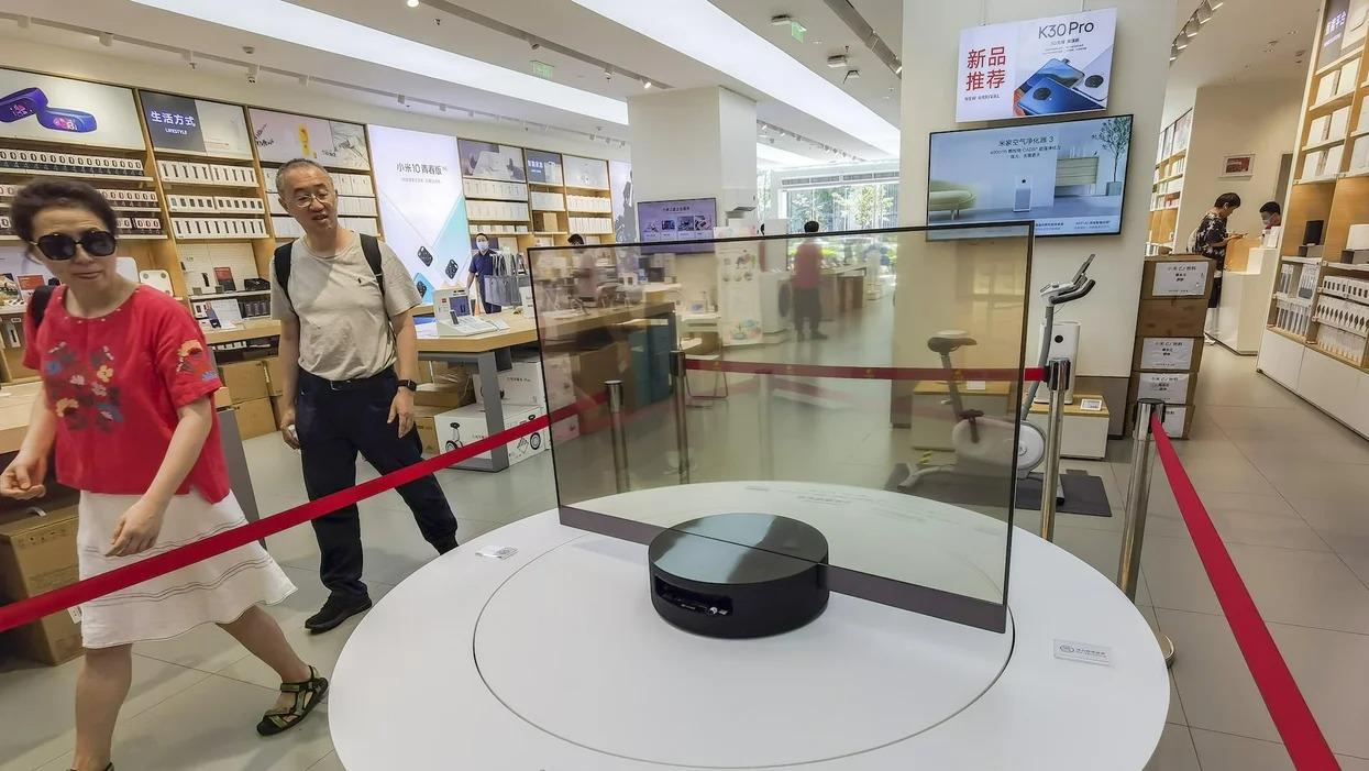 Smart TV của Trung Quốc bị cáo buộc theo dõi hàng trăm triệu người dùng - Ảnh 2.