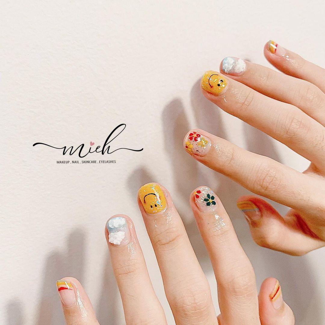 9 mẫu nail mùa hè xinh nhất ở các tiệm lúc này, các nàng chắc chắn chấm được bộ ưng ý  - Ảnh 1.