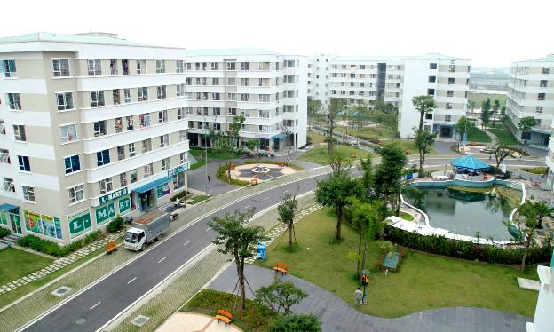 photo-1623314042557