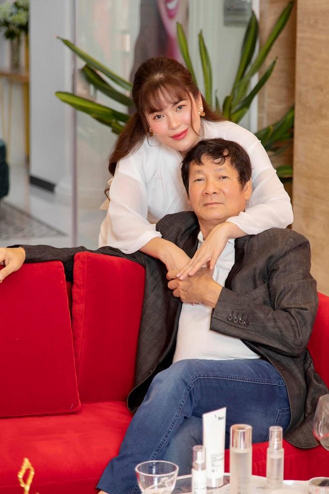 Hoa hậu Phương Lê: Dằn mặt cả Hoài Linh, Phi Nhung vì không thể ngồi im khi thấy chuyện bất bình - Ảnh 1.