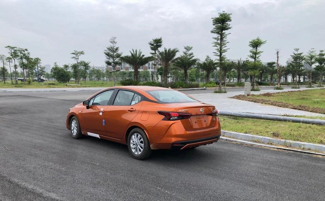 Giá dự kiến êm ru, Nissan Almera 2021 sẵn sàng ngáng đường Hyundai Accent, Toyota Vios - Ảnh 2.