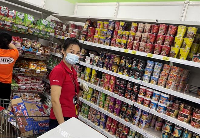 Hà Nội công khai giá hơn 100 mặt hàng thiết yếu trong thời gian giãn cách - Ảnh 1.