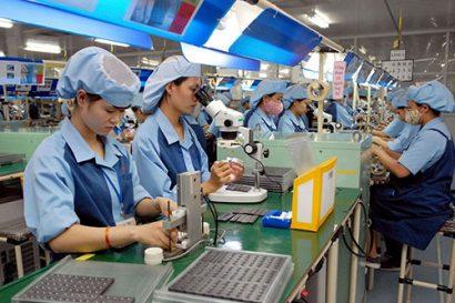 Thủ tướng với hàng loạt quyết sách khơi thông sản xuất kinh doanh giữa đại dịch Covid-19 - Ảnh 2.