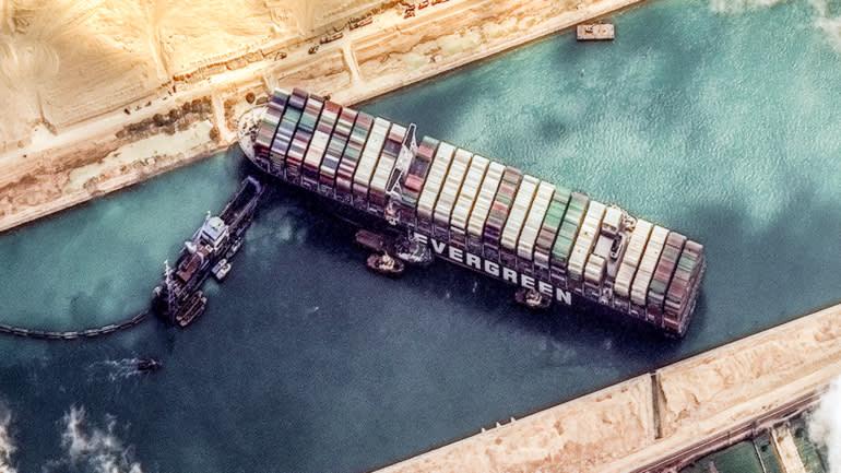 Hỗn loạn trên biển : Phong tỏa bởi Covid-19 làm vận tải quốc tế mắc cạn, thuyền viên bí  bách, tự sát nhưng khi nhu cầu bùng nổ khiến tàu biển và container thiếu hụt trầm trọng, giá cả đội lên gấp bội - Ảnh 2.