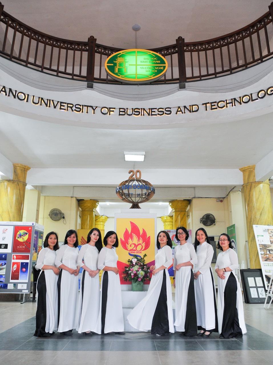 Tiến tới kỷ niệm 20 năm ngày thành lập Trung tâm Tin học - Đại học Kinh doanh và Công nghệ Hà Nội - Ảnh 4.