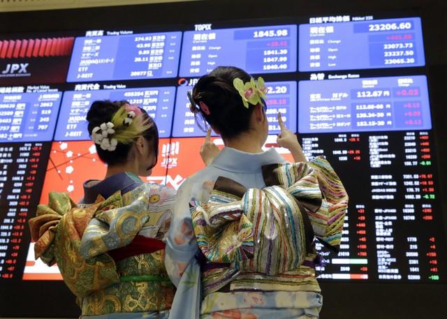 Chứng khoán châu Á tăng vọt sau khi hiệp định RCEP được ký kết, Nikkei đạt đỉnh trong 29 năm - Ảnh 1.