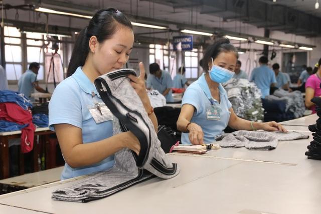 Từ năm 2021, nhiều điểm mới về quy định lương, thưởng người lao động cần biết - Ảnh 1.