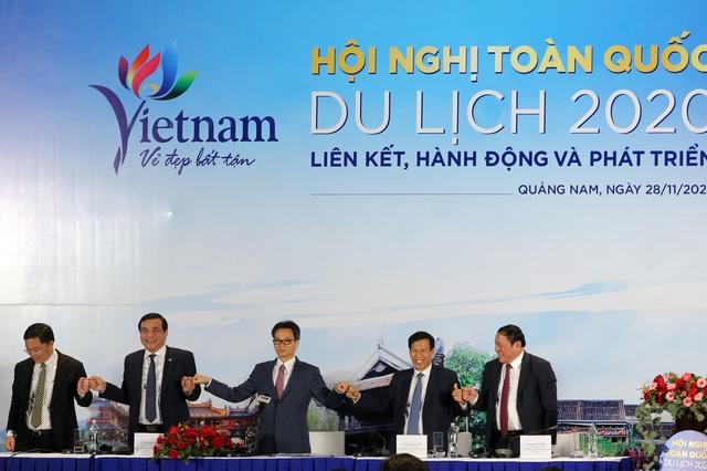 Du lịch Việt Nam: Nắm chặt tay nhau cùng hành động - Ảnh 3.