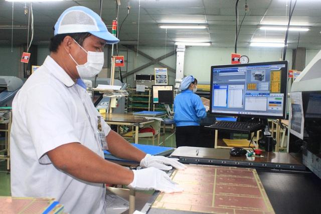 Hơn 1.290 doanh  nghiệp tại Đồng Nai trở lại làm việc - Ảnh 1.