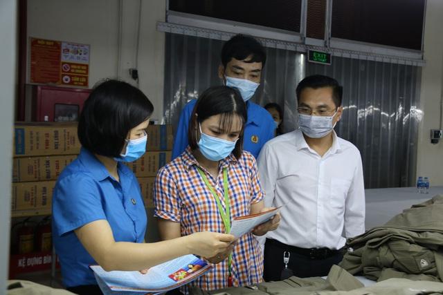 Thái Bình: Tặng Vitamin C cho 5.118 đoàn viên, người lao động - Ảnh 2.