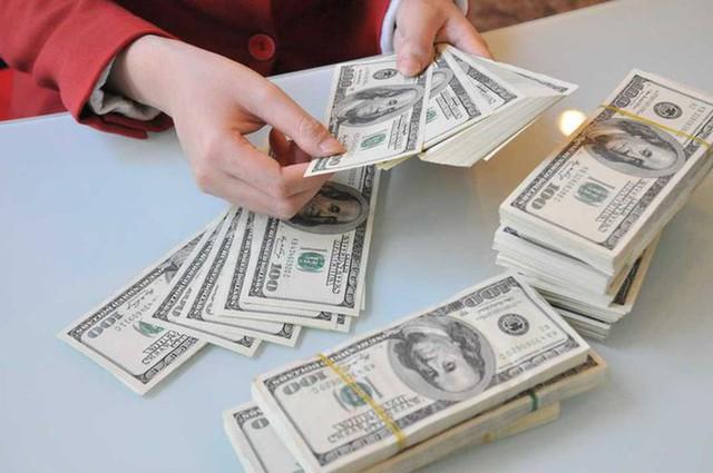 Tỷ giá USD ngày 6/5: Tăng mạnh do những tin tức về khả năng nâng lãi suất  - Ảnh 1.