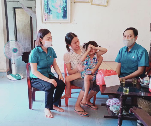 Thái Bình: Động viên con đoàn viên, công nhân lao động không tự phục vụ được bản thân - Ảnh 2.