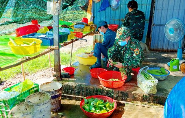 Kiên Giang: Những nỗ lực thầm lặng của cán bộ Hậu cần trên chốt liên ngành tuyến biên giới Hà Tiên - Ảnh 3.