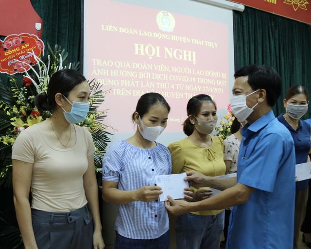 Thái Bình: Tập trung tuyên truyền phòng chống dịch và chăm lo cho đoàn viên, người lao động - Ảnh 2.