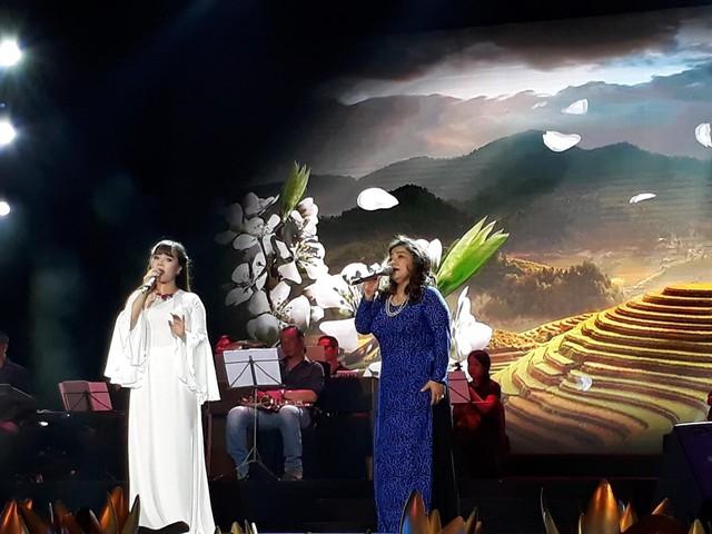"""Ca sỹ Lê Hương Huệ ra mắt Album Vol3 """"Mãi nhớ ơn Người""""  - Ảnh 2."""
