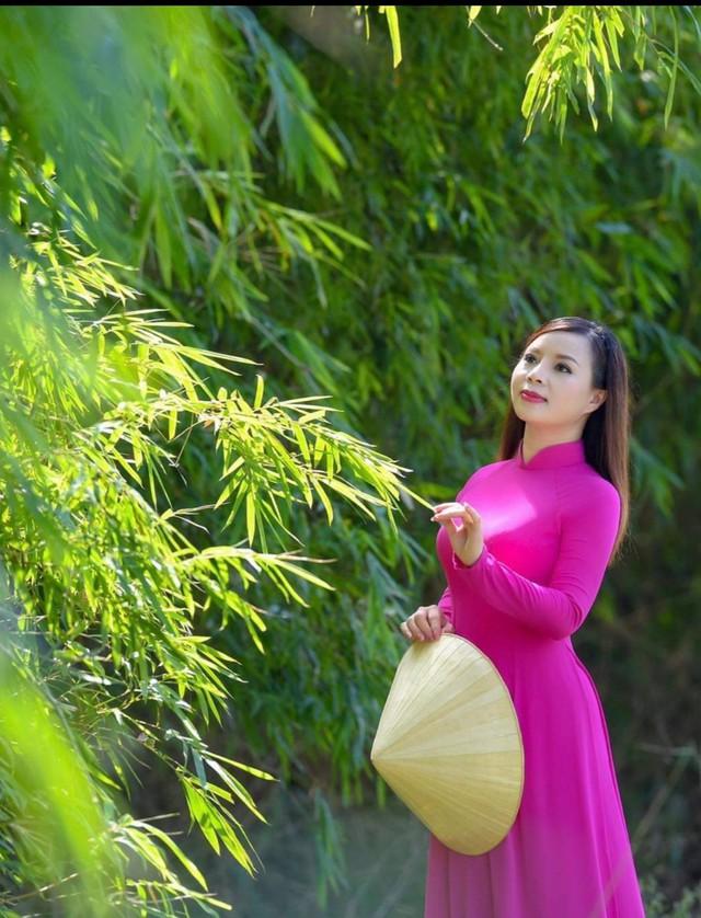 """Ca sỹ Lê Hương Huệ ra mắt Album Vol3 """"Mãi nhớ ơn Người""""  - Ảnh 5."""