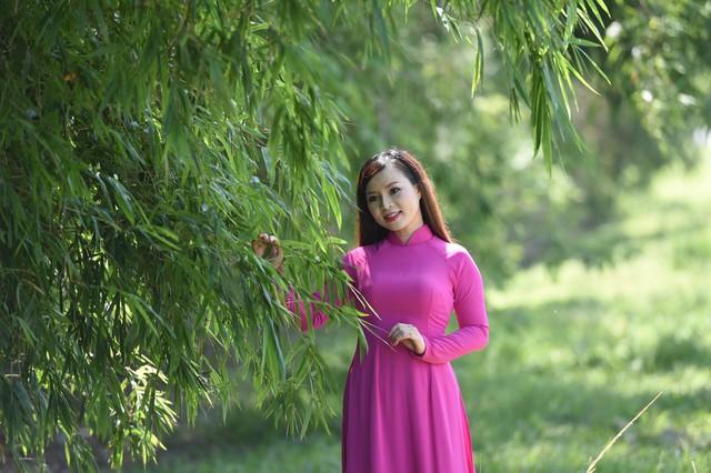 """Ca sỹ Lê Hương Huệ ra mắt Album Vol3 """"Mãi nhớ ơn Người""""  - Ảnh 4."""