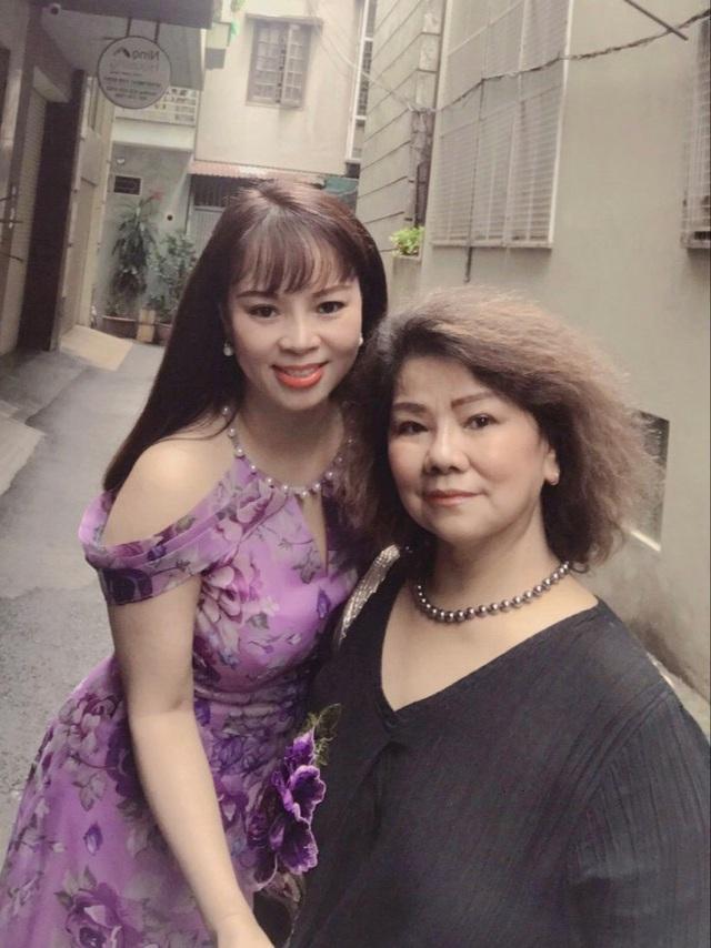 """Ca sỹ Lê Hương Huệ ra mắt Album Vol3 """"Mãi nhớ ơn Người""""  - Ảnh 3."""