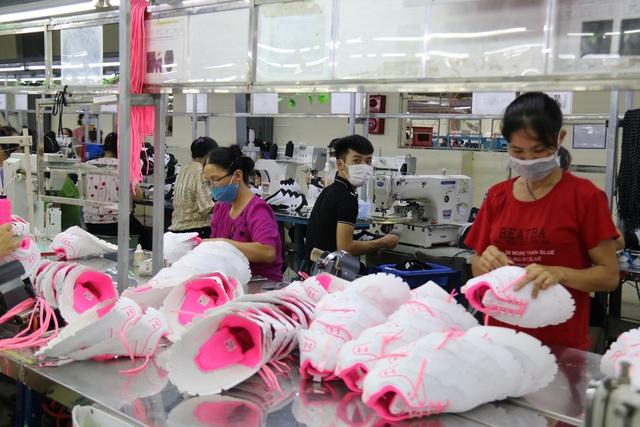 Thái Bình: Đẩy mạnh công tác phòng chống dịch để đảm bảo việc làm, thu nhập cho người lao động - Ảnh 2.