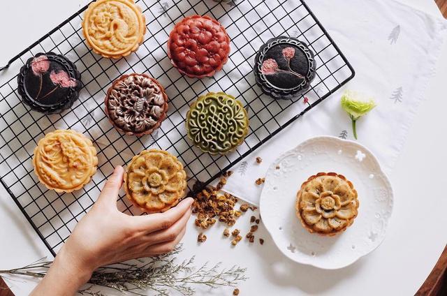 Chiêm ngưỡng bánh Trung thu của Việt Nam và các nước trên thế giới - Ảnh 3.