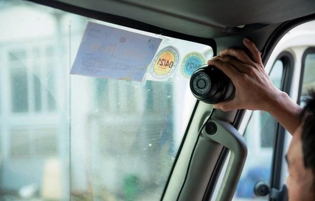Khẩn trương thực hiện lắp đặt camera trên xe ô tô trước ngày 31/12/2021 - Ảnh 1.