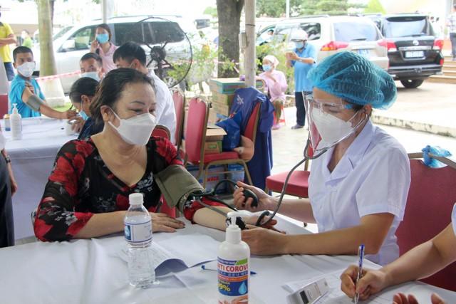 Cả nước đã tiêm được hơn 35 triệu liều vaccine COVID-19 - Ảnh 1.