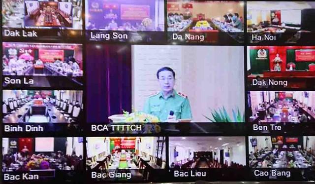 Trung tướng Trần Quốc Tỏ - Ủy viên Trung ương Đảng, Phó Bí thư Đảng ủy Công an Trung ương, Thứ trưởng Bộ Công an, phát biểu kết luận Hội thảo.