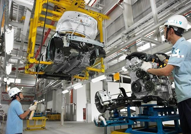 """Cần những """"cú huých"""" chính sách để phát triển nền công nghiệp ô tô - Ảnh 1."""