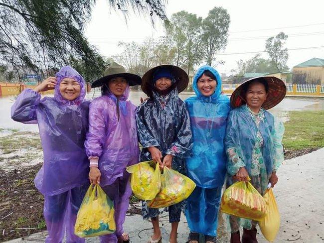 Xứng đáng dòng máu Việt trong mùa bão lũ - Ảnh 3.