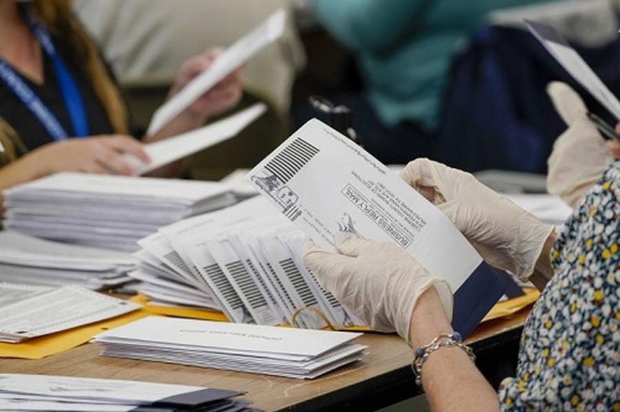 Bầu Tổng thống Mỹ 2020: Bang Georgia sẽ kiểm lại bằng tay toàn bộ phiếu bầu