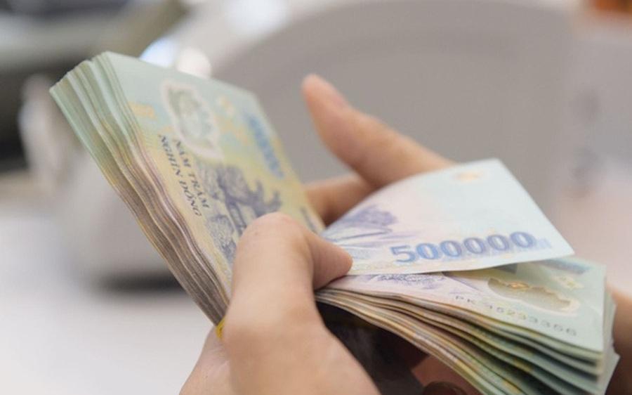 Chuyên gia kinh tế Bùi Kiến Thành: Tín dụng tiêu dùng chưa phổ biến nên người dân phải đi vay tín dụng đen