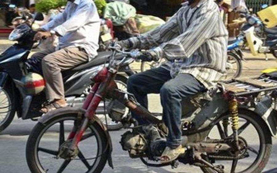 Chính phủ yêu cầu Hà Nội, TP HCM thu hồi, loại bỏ xe cũ nát