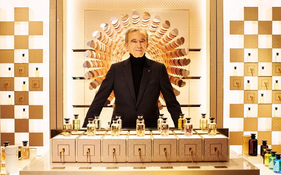 Ông chủ Louis Vuitton soán ngôi giàu nhất thế giới của Jeff Bezos