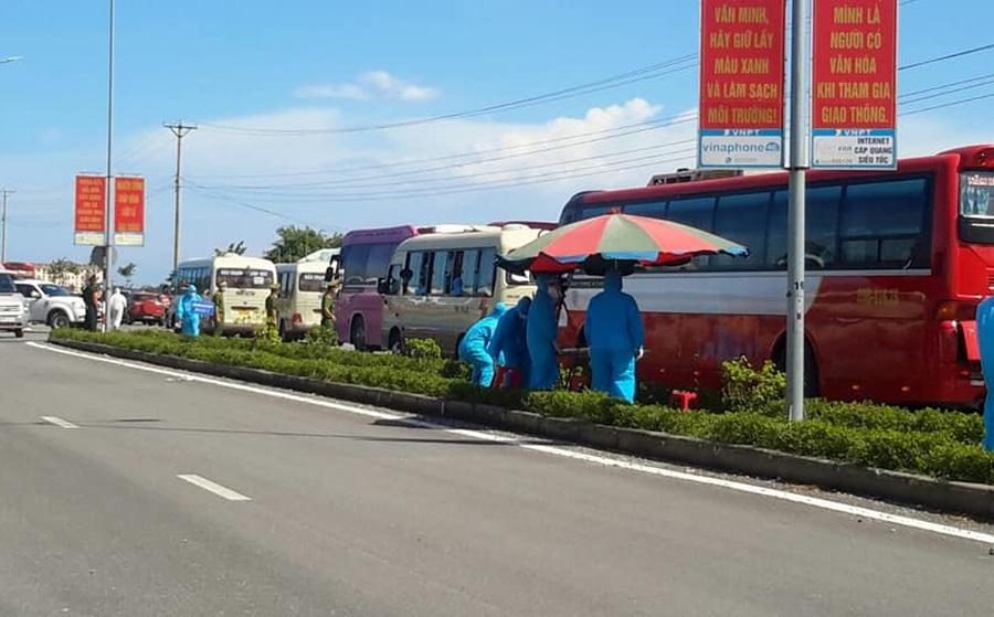 Tài xế xe tải chạy từ Tiền Giang ra Nghệ An xin làm test nhanh thì phát hiện nhiễm SARS-CoV-2