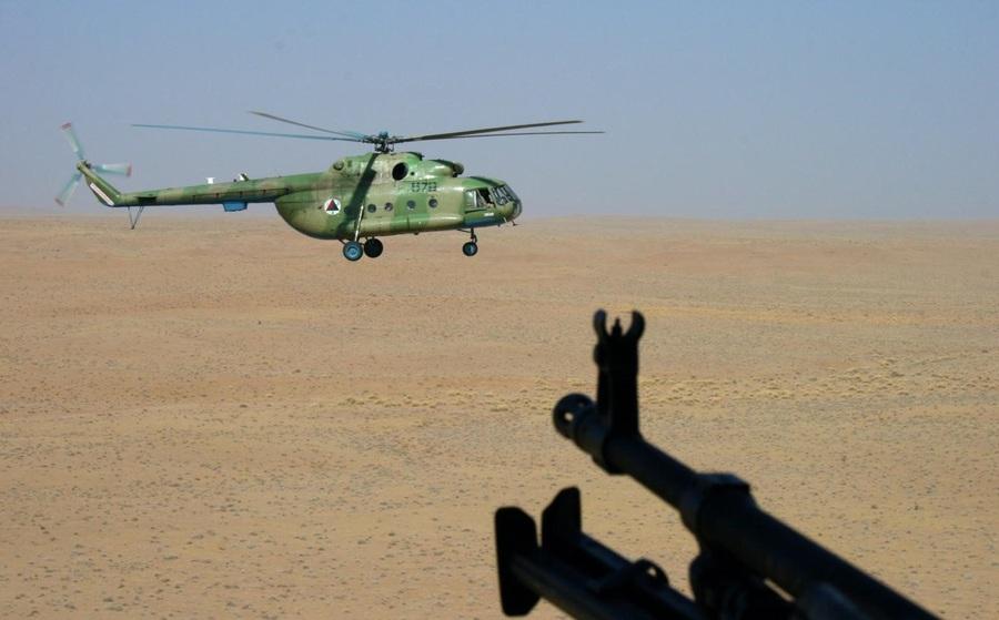 """100 trực thăng Taliban bay """"rợp trời"""" ư, Nga đảm bảo viễn cảnh kinh hoàng đó không xảy ra!"""