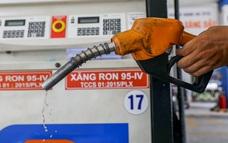 Từ 15h chiều nay, xăng giảm giá, dầu tăng giá