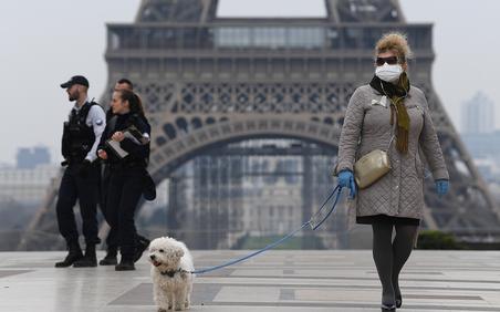 Pháp, Đức 'đóng cửa' trước làn sóng COVID-19 thứ hai