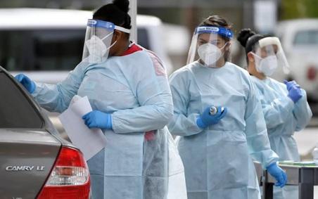 Biến thể COVID-19 mới sẽ 'tấn công chúng ta rất mạnh', chuyên gia cảnh báo về 'mắt bão' của đại dịch